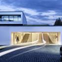 Autofamily House / KWK Promes © Olo Studio
