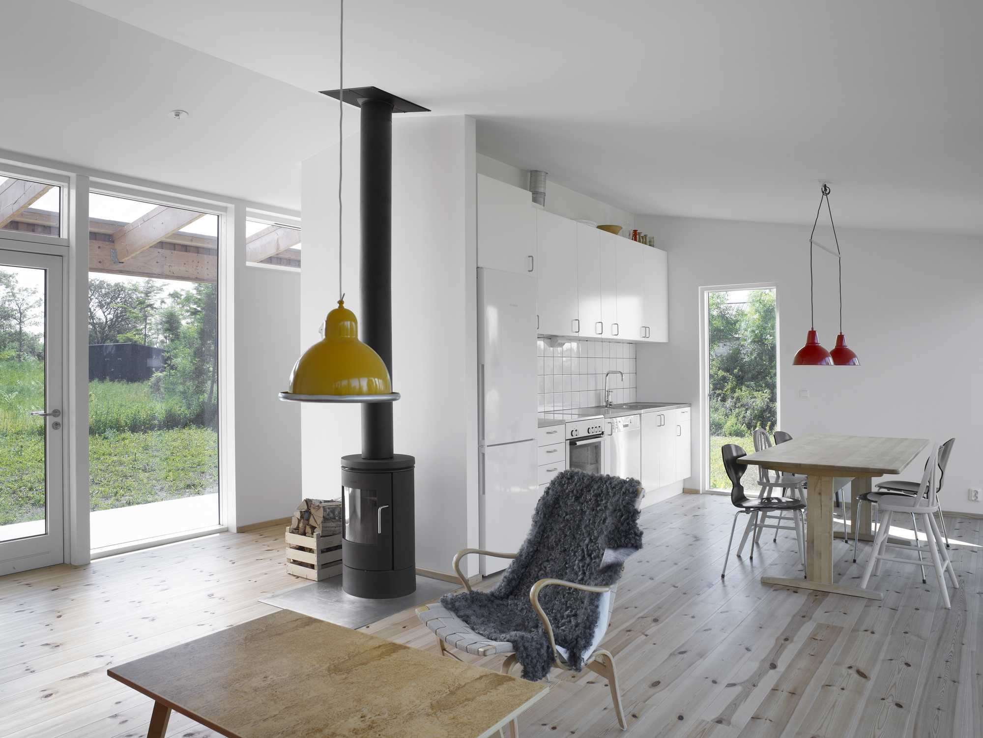 Small House in Sweden by LLP Arkitektkontor