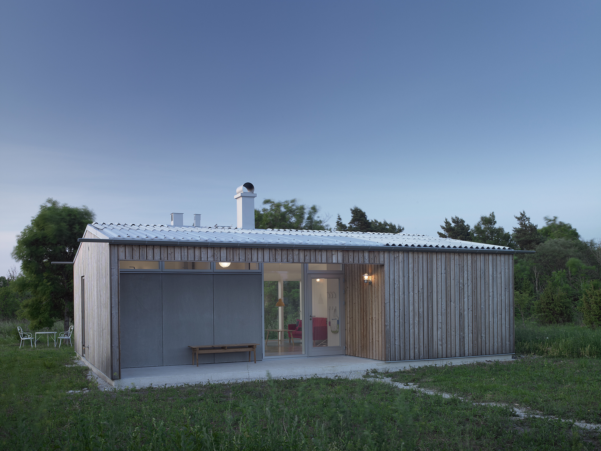 A small modern home for a family in sweden for Small modern homes for sale