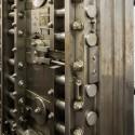 AD Classics: Woolworth Building / Cass Gilbert Door to the safe deposit vault. Image © Bob Estremera