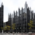 AD Classics: PPG Place / John Burgee Architects with Philip Johnson © Flickr user Paul Provencher