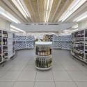 Supermarket in Athens  / KLab architecture © Panos Kokkinias