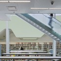 Glen Oaks Branch Library  / Marble Fairbanks © Eduard Hueber
