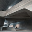 Dongdaemun Design Plaza / Zaha Hadid Architects ©  Virgile Simon Bertrand