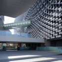 Emerson College Los Angeles / Morphosis Architects ©  Iwan Baan