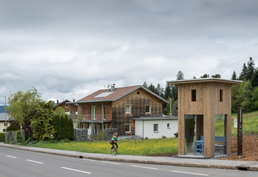http://ad009cdnb.archdaily.net/wp-content/uploads/2014/05/5374a088c07a806f5b00009f_bus-stop-unveils-7-unusual-bus-shelters-by-world-class-architects__dsc6570-530x363.jpg