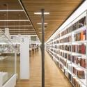 طراحی کتابفروشی با عنصر فرهنگ