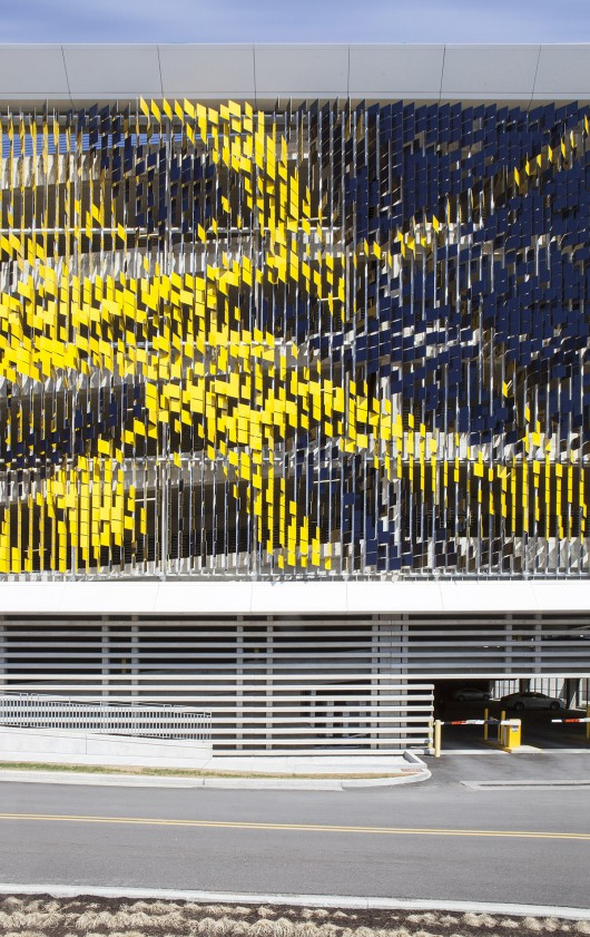 معماری پارکینگ،طراحی نما،نمای هنری،نمای متحرک