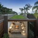 Four Houses in Baleia / Studio Arthur Casas © FG+SG - Fernando Guerra