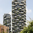 "Five Buildings Compete to be Named ""World's Best Highrise"" Bosco Verticale, Milan / Boeri Studio. Image © Kirsten Bucher"