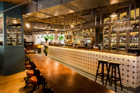 Multiple Bar/Club: The Vintry (London) / Harrison