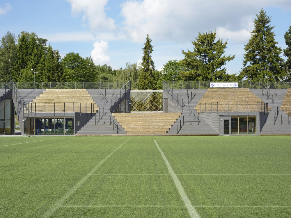 http://ad009cdnb.archdaily.net/wp-content/uploads/2014/09/54260db1c07a809a0e000198_liding-vallen-small-football-stadium-dinelljohansson_lidingovallen_dj-2014-1b-mikaelolsson-1000x750.jpg