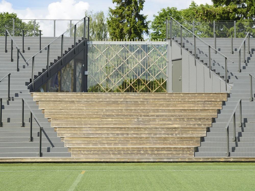 http://ad009cdnb.archdaily.net/wp-content/uploads/2014/09/54260f4bc07a80c9ea000171_liding-vallen-small-football-stadium-dinelljohansson_lidingovallen_dj-2014-19b-mikaelolsson-1000x750.jpg