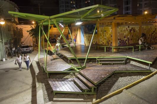 Pinto Salinas, Las 3 Marías / Caracas [Oficina Lúdica + PKMN pacman
