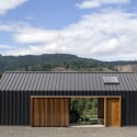 Elk Valley Tractor Shed / FIELDWORK Design & Architecture © Brian Walker Lee