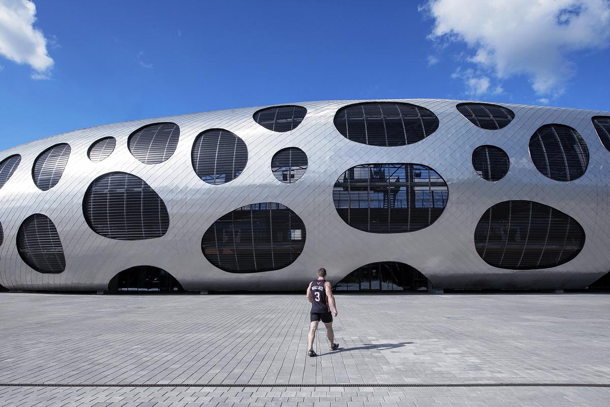 http://ad009cdnb.archdaily.net/wp-content/uploads/2014/10/544ebf3be58ecef813000069_football-stadium-arena-borisov-ofis-architects_ofis_football-stadium-arena-borisov_foto_tomaz-gregoric_23_2.jpg