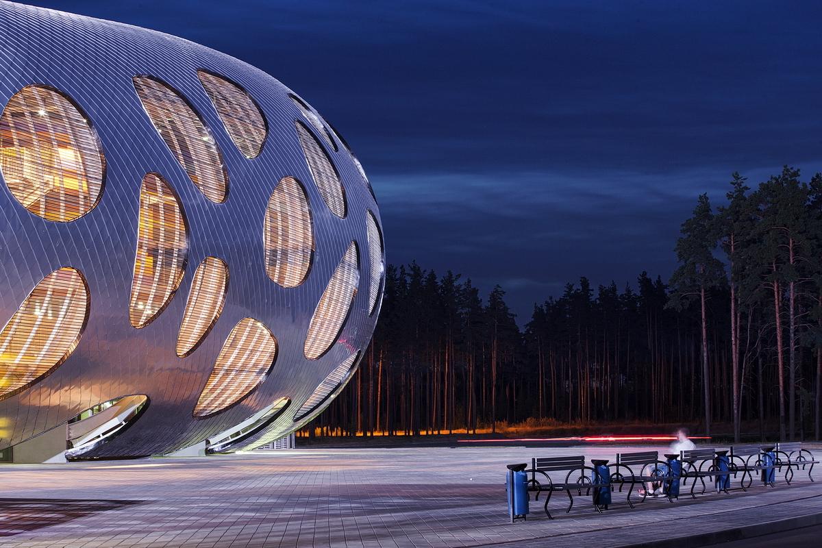 http://ad009cdnb.archdaily.net/wp-content/uploads/2014/10/544ebf4de58ece63a8000053_football-stadium-arena-borisov-ofis-architects_ofis_football-stadium-arena-borisov_foto_tomaz-gregoric_28_1.jpg