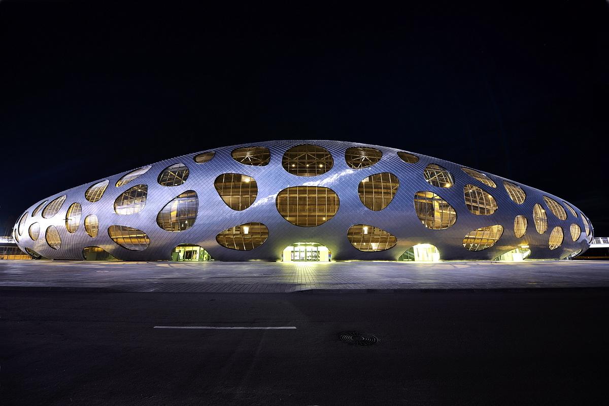http://ad009cdnb.archdaily.net/wp-content/uploads/2014/10/544ebf6ae58ecef81300006b_football-stadium-arena-borisov-ofis-architects_ofis_football-stadium-arena-borisov_foto_tomaz-gregoric_30.jpg
