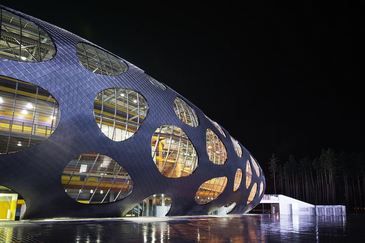 http://ad009cdnb.archdaily.net/wp-content/uploads/2014/10/544ebf71e58ecef81300006c_football-stadium-arena-borisov-ofis-architects_ofis_football-stadium-arena-borisov_foto_tomaz-gregoric_31.jpg