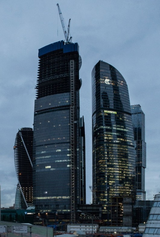 The World's 10 Tallest New Buildings of 2015 54627a0de58eceecb5000005 the world s 10 tallest new buildings of 2015 vostok tower construction 692x1024 530x784