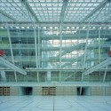 Hadid, Gehry, and Others Fight to Save Helmut Richter's Modernist Masterpiece Science Secondary School in Kinkplatz, Vienna, Gymnasium. Image © Rupert Steiner