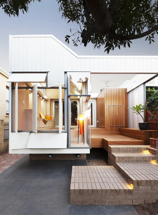 Bellevue terrace extension philip stejskal architecture for Outdoor room extensions