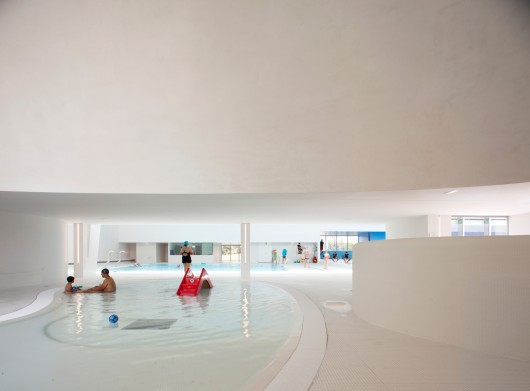 Swimming Pool Extension In Bagneux Dominique Coulon Associ S Archdaily