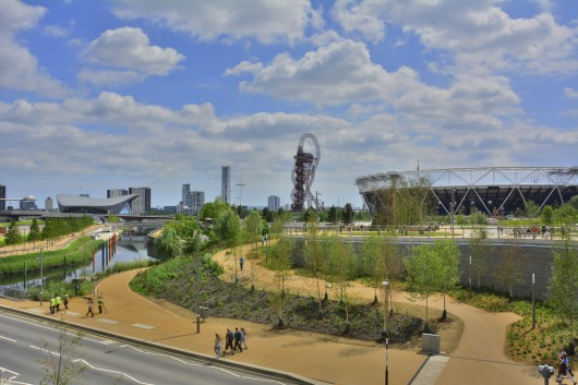 London's Queen Elizabeth Olympic Park featuring, from left to right, Zaha Hadid's Aquatics Centre, the ArcelorMittal Orbit, and the Olympic Stadium by Populous. The Olympicop