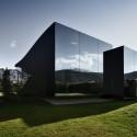 The Mirror Houses / Peter Pichler Architecture © Oskar Da Riz