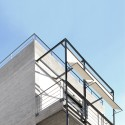 Apartment Building in Deinokratous Street, Athens / Giorgos Aggelis © H. Louizidis
