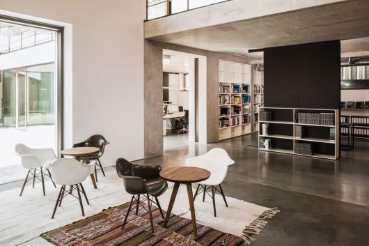 office building blocher blocher partners. Black Bedroom Furniture Sets. Home Design Ideas