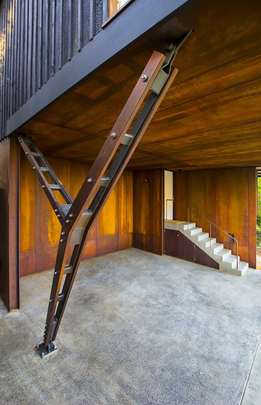 Pacific house casey brown architecture archdaily for V column architecture
