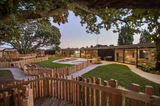 Chrysalis Childcare Centre / Collingridge and Smith Architects 55231c70e58ecea11900009a chrysalis childcare centre collingridge and smith architects chrysalis 79 530x353