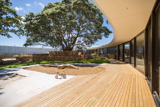 Chrysalis Childcare Centre / Collingridge and Smith Architects 55231ca6e58ecea11900009b chrysalis childcare centre collingridge and smith architects chrysalis 87 530x353
