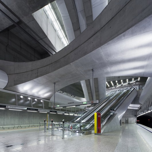 http://ad009cdnb.archdaily.net/wp-content/uploads/2015/04/552516f9e58ececd8200000d_why-budapest-s-contemporary-architects-had-to-go-underground-to-find-success_5445a14ae58ecefb60000022_budapest-underground-lin-530x530.jpg