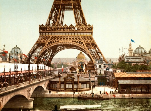 The Architectural Lab: A History Of World Expos 55419042e58ece706c000346 the architectural lab a history of world expos  eiffel tower and general view of the grounds  exposition universal  1900  pari 530x392