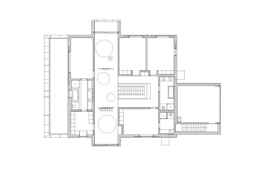 Country House / E2A 555a95f0e58ecee09200009d country house e2a first floor plan 530x344