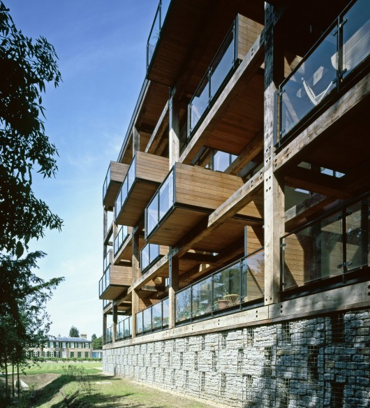 Between intuition and pragmatism peter clegg on holistic for Cambridge architecture