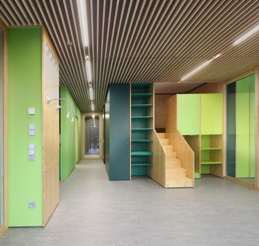 Nursery +E In Marburg / Opus Architekten 5578dfe5e58ecedce50000b1 nursery e in marburg opus architekten gruppe02 mg 7391 530x503