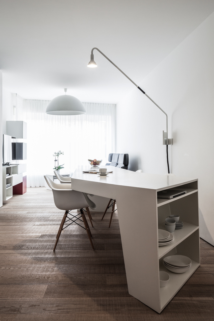 Small Apartment Loft MM by C.T. Architects